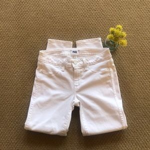 PAIGE Verdugo Crop White Jeans - Size 28